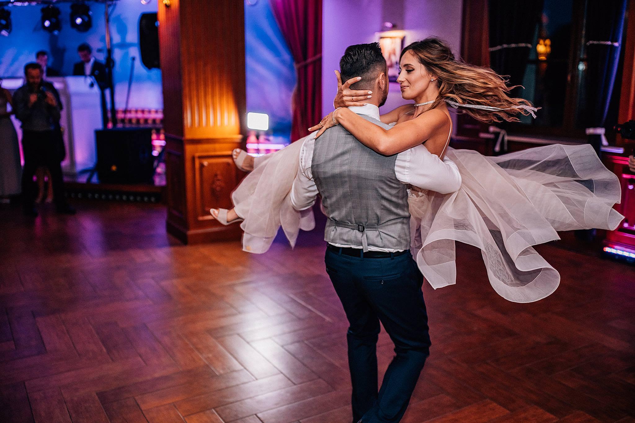 2018,Andrzejewski Pawel,Fotografia slubna,Hotel Parasol,Nieporęt,Wedding photography,www.andrzejewskipawel.com,